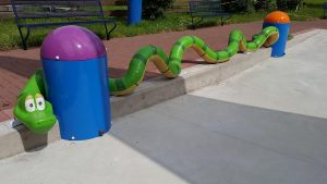Snake_Pooljoy-with-sprays